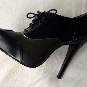 L.A.M.B. by Gwen Stefani oxford stilettos size 7